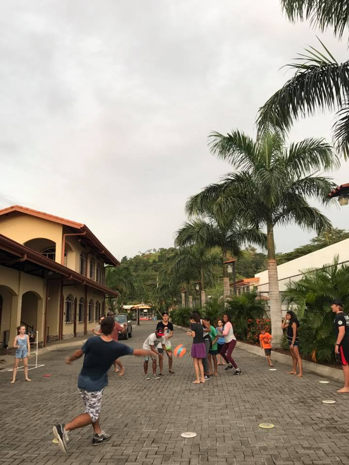 horizon youth group, six eleven, jaco beach, jaco, costa rica, christian internships, oceans edge, horizon church, youth group